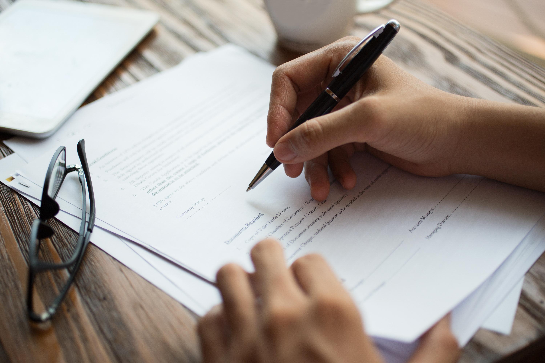 Introdução à Qualidade e Elaboração de Documentos para Qualidade (Material de Apoio para RDC 47 e 48/2013)